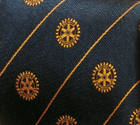 Rotary tie 100% silk finish